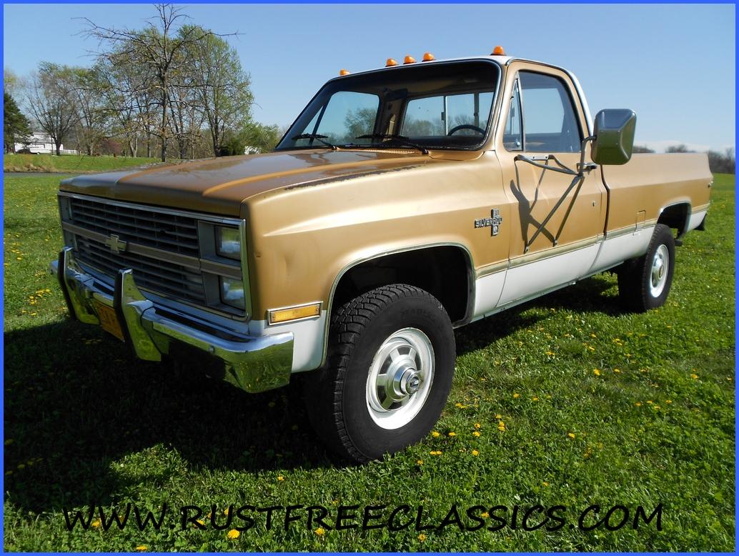 1984 84 chevrolet chevy k30 1 one ton 4x4 four wheel drive regular cab silverado gold white. Black Bedroom Furniture Sets. Home Design Ideas